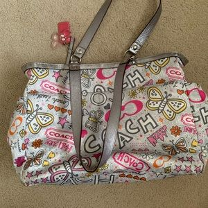 Coach diaperbag from poppy collection